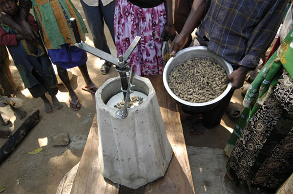 The Universal Nut Sheller in Africa