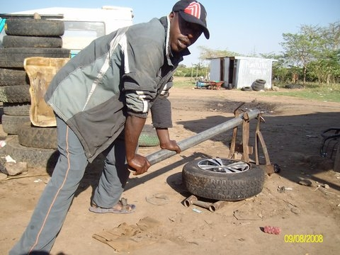 Home made tyre remover