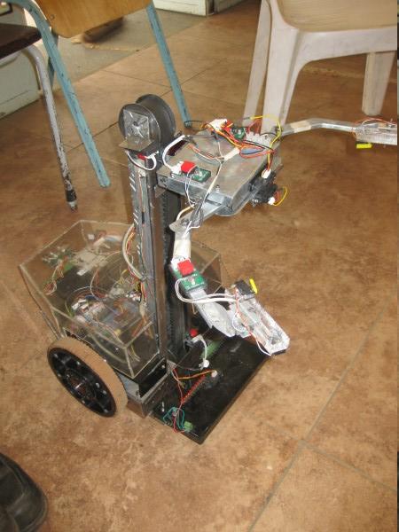 University of Nairobi Robot